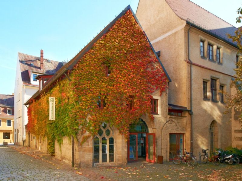 Stadtmuseum_Aussen_Herbst